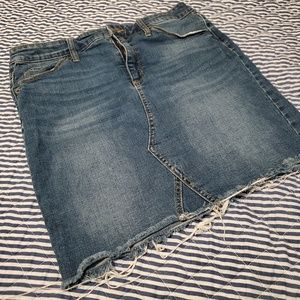Universal Thread Jean skirt